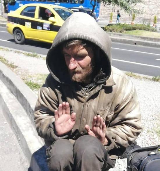 Ruso que vivió como indigente durante 9 años en Quito, regresó a su país