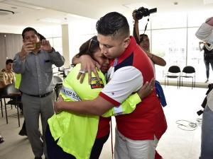 Un abrazo puso fin a 25 años de ausencia