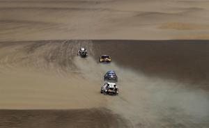 El Dakar llega a su último día con duelo en motos y paseo triunfal de Al-Attiyah