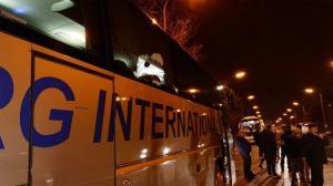 Once detenidos tras lanzar piedras a autobuses de hinchas del club belga Genk
