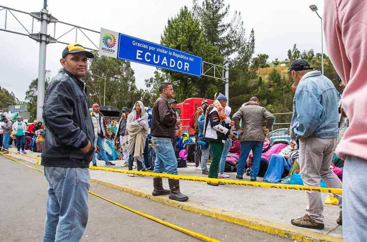 Image result for Ecuador pedirá historial judicial a venezolanos que quieran ingresar al país
