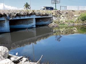 Ríos de 13 cantones de Manabí están contaminados