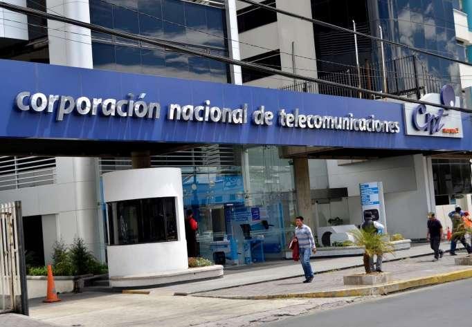 Sindicato de la CNT llama a protestas contra concesión de telefónica pública