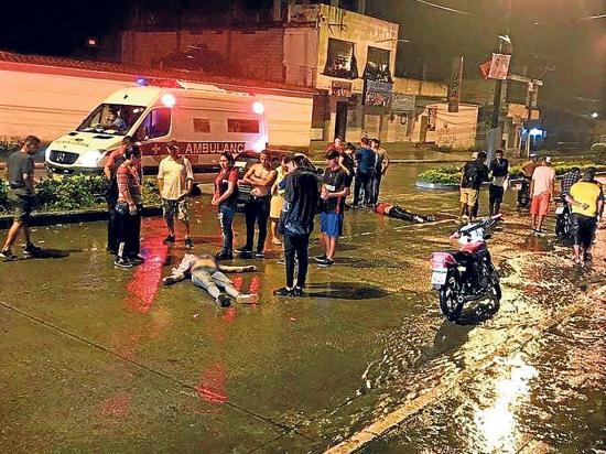 Tres muertos en una motocicleta