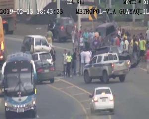 Cuatro vehículos colisionan en la ''Y'' de Montecristi