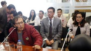 Familiares de equipo periodístico asesinado piden información en Colombia