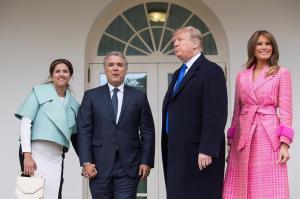 Traje de primera dama colombiana en visita a la Casa Blanca divide opiniones