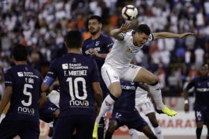 Liga de Quito y Universidad Católica empatan 0-0