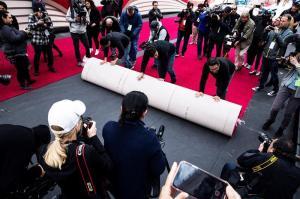 Comienza cuenta atrás para los Óscar tras la colocación de la alfombra roja