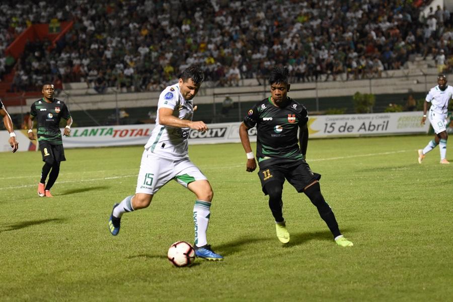 Liga de Portoviejo vence 2-0 en su casa a Liga de Loja
