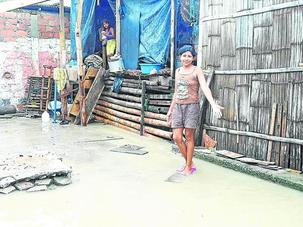 50 familias afectadas tras 7 horas de lluvia en Crucita