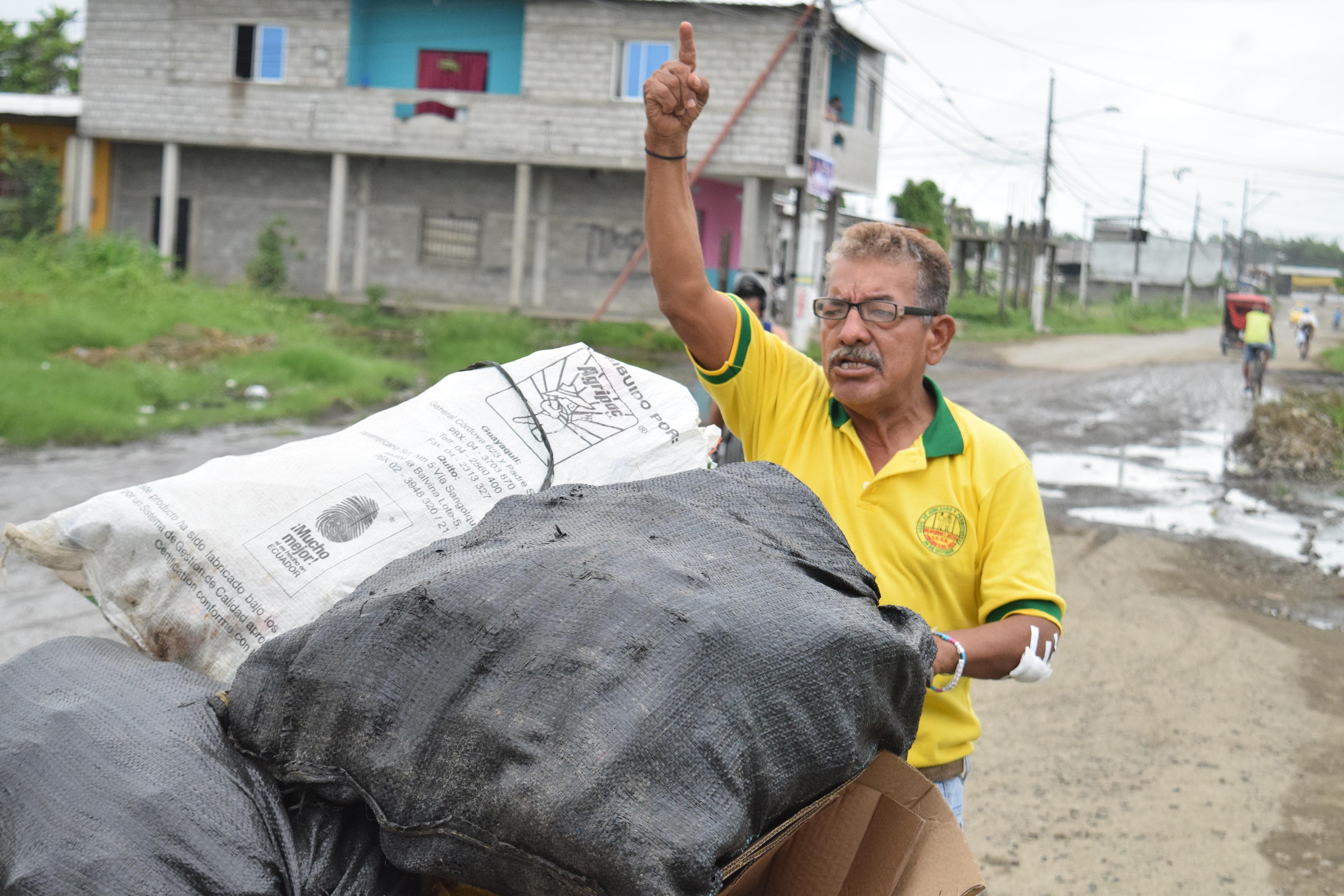 Manuel, el alcalde el pueblo