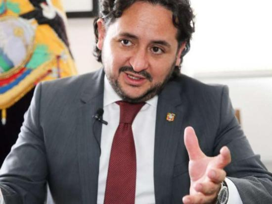 Ministro de Telecomunicaciones fue destituido