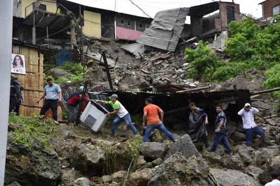Manta declarada en ''emergencia'' por afectaciones tras lluvias