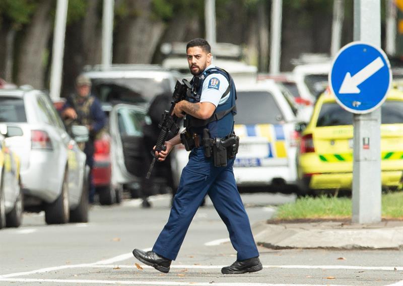 Casi 50 muertos en tiroteos ''terroristas'' en dos mezquitas en Nueva Zelanda