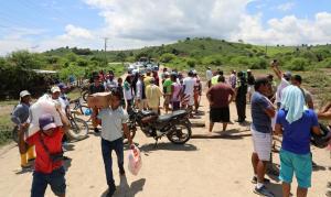 Habilitada la vía San Vicente-Chone que fue cerrada por ciudadanos como reclamo