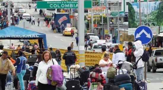 Ecuador brindó asistencia a migrantes en zona fronteriza con Colombia