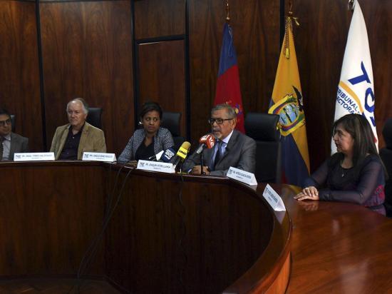 Rechazan pronunciarse sobre el voto nulo sin un pedido formal del CNE
