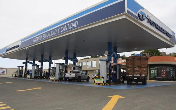 Ecuador entregará este fin de semana a Colombia gasolina y diésel