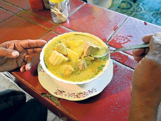 Gastronomía manabita se muestra en doce platos en Jueves Santo