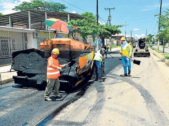 Próxima semana terminaría la colocación de asfalto