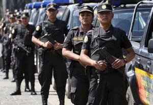 Detienen a 8 policías guatemaltecos que colaboraban con un grupo de sicarios