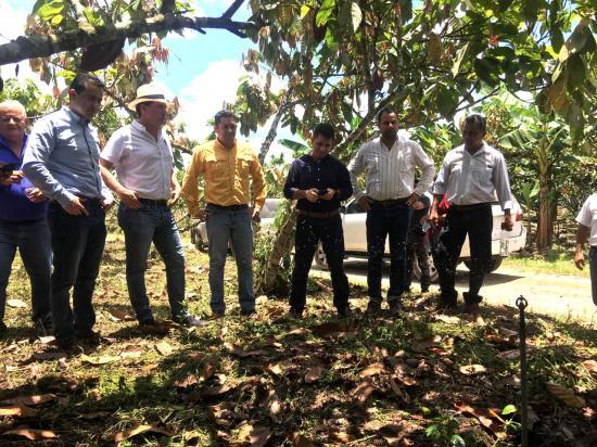 Ministro de Agricultura entregó proyecto para riego de 140 hectáreas
