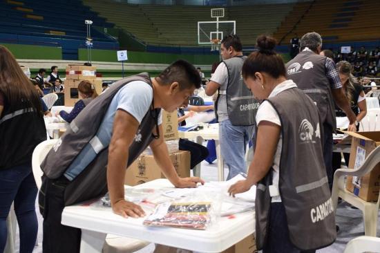 El escrutinio del voto en casa y las personas privadas de la libertad inició