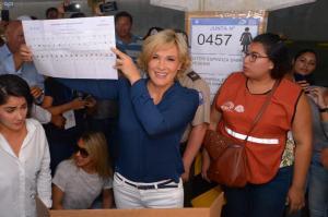 Cinthya Viteri lidera la preferencia para la alcaldía de Guayaquil