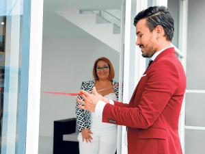 Inauguran nuevas instalaciones de new hair peluquería