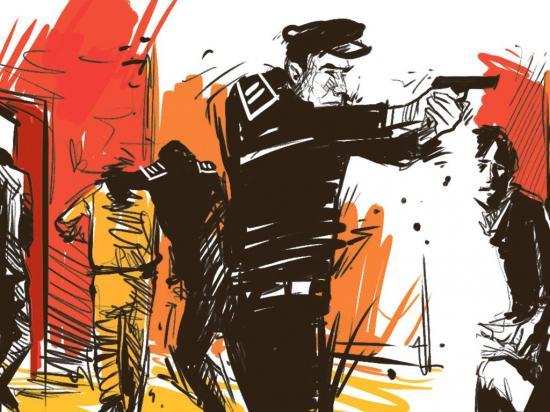 Falsos policías roban y torturan a familia