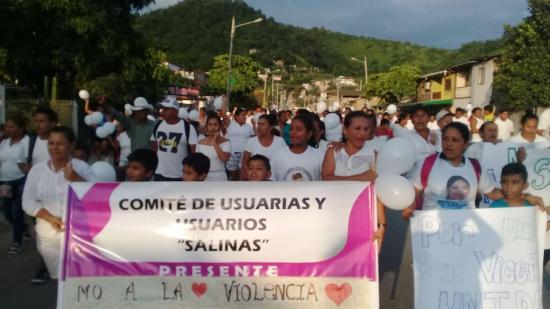 Realizan marcha por la paz en San Vicente