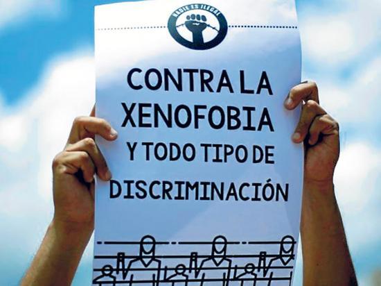 """Acnur anunció campaña """"Abrazos que unen"""" para erradicar xenofobia"""