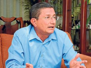 Agustín Casanova asegura que los barrios de Portoviejo serán prioridad de su segundo período