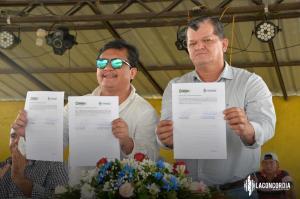 Firma de convenio entre municipios