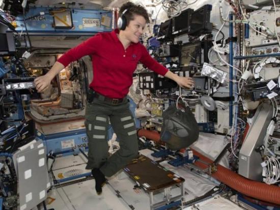 NASA cancela el paseo espacial de dos mujeres
