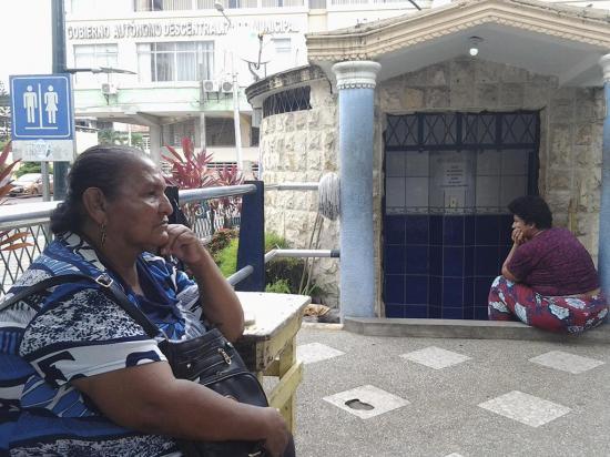 Patricia Paz saca de apuros a los ciudadanos que requieren un baño