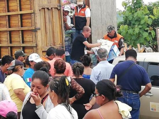 Brindan asistencia a los afectados por las  lluvias en San Vicente