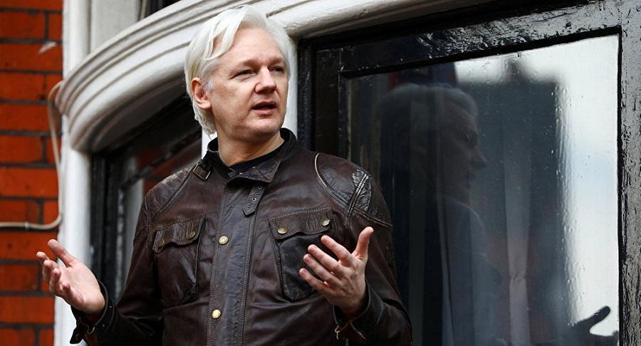 Se reserva acciones contra Julian Assange por filtraciones en contra de Lenín Moreno