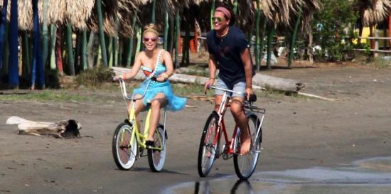 Esto dijo el abogado de Shakira y Carlos Vives por supuesto plagio de La Bicicleta