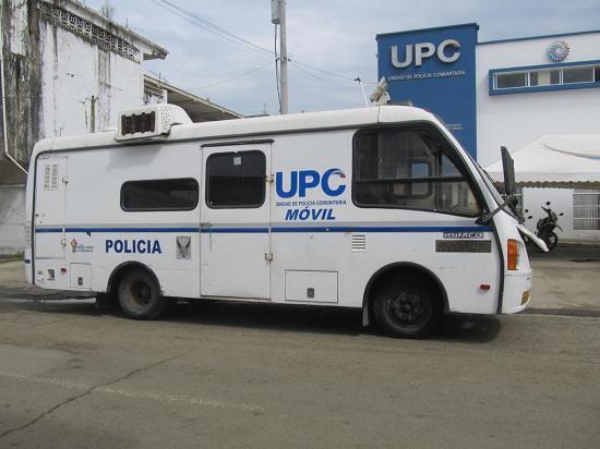 Hombre fue detenido por intentar robar en un vehículo de la Policía