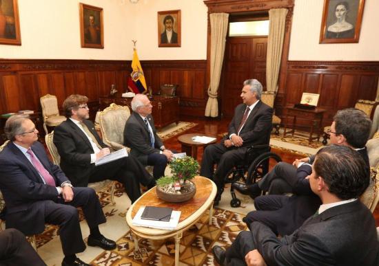 Moreno respalda a España frente a petición de perdón de México por conquista de hace 500 años