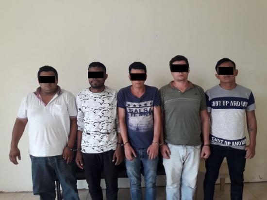 Cinco personas son detenidas tras asalto en El Carmen