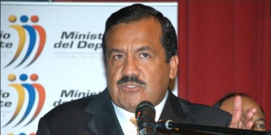 Raúl Carrión,  exministro del Deporte fue condenado a 5 años de cárcel por tráfico de influencias