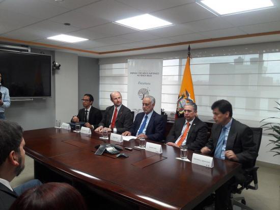 Empresas de Ecuador y Chile firman acuerdo complementario en proyecto minero