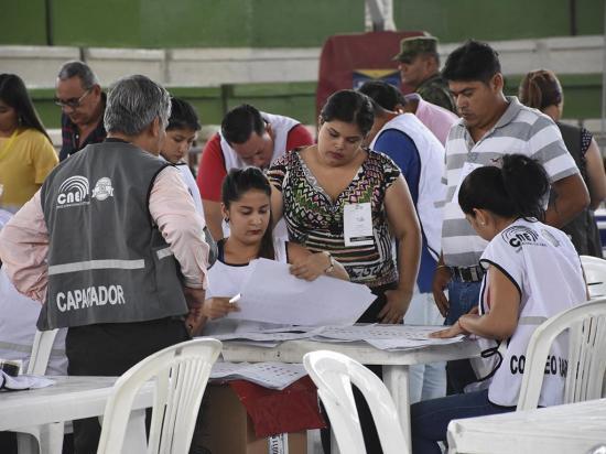La Junta Electoral de Manabí afirma concluir con el proceso de escrutinio en el tiempo establecido por la ley