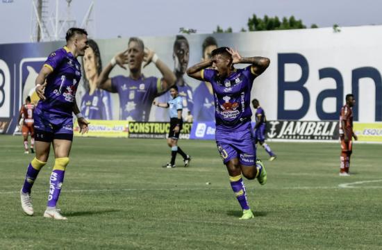 Delfín SC gana por 1-0 al Mushuc Runa en el Jocay de Manta