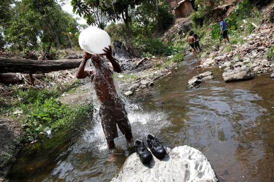Sequía coloca en situación crítica la producción de agua potable en Panamá