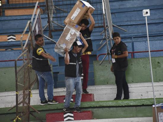 Esperan que el CNE decida sobre elecciones en San Vicente y Pichincha