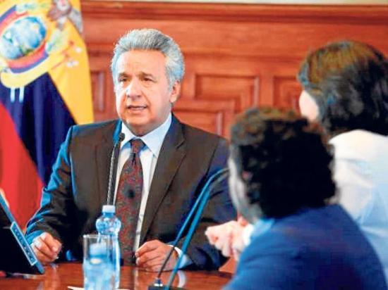 Gobierno de Ecuador denuncia a portal de Assange por las fotos de  Lenín Moreno
